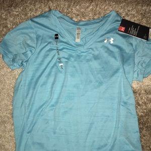 NWT Under Armour womens shirt